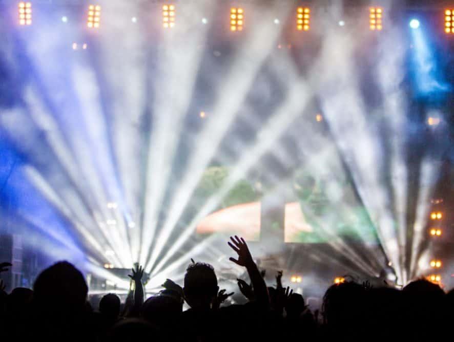 Powrót koncertów plenerowych! Kogo zobaczymy na scenie już w sierpniu?