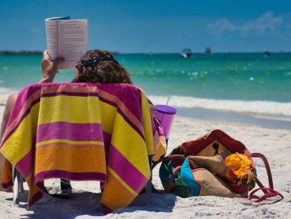 3 nowości książkowe idealne na wakacyjny weekend
